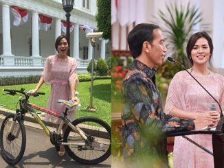 Kaos dan Sepeda-nya Fadli Zon Sentil Presiden Jokowi