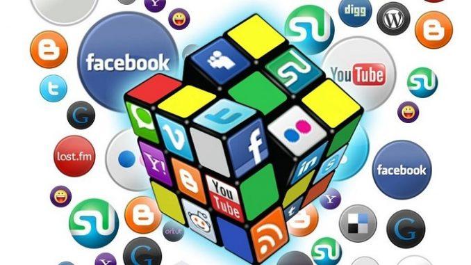 Media Sosial Itu Identitas