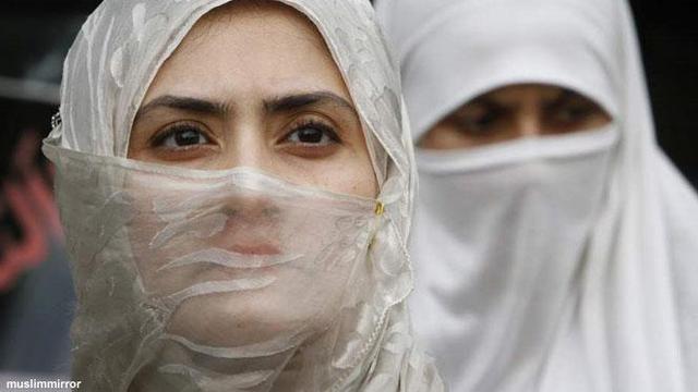 Jilbab dan Kebebasan, Manakah yang Mampu Menjaga?