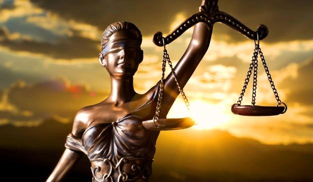 Aktivitas Hukum Tak Boleh Dibatasi Opini Publik
