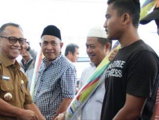 Seragamkan Payung PKL, Habsi Wahid: Supaya Mamuju Mapaccing