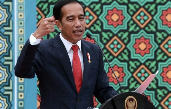 Jokowi Tampar Pesimisme Prabowo di Depan Mahasiwa UNISMA