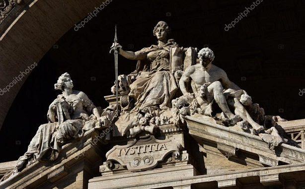 Relevansi Tradisi Civil Law dan Judicial Review di Indonesia