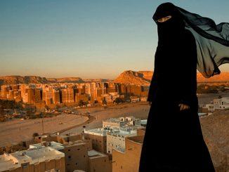 Munafik! Teriak Tolak Pelarangan Cadar, Tapi Sepakat Wajibkan Jilbab