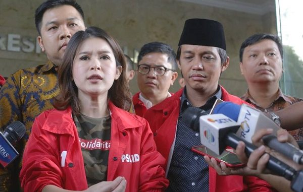 Hukum Tajam ke PSI, tetapi Diam pada Elite Partai Lain yang Pasang Iklan Kampanye Besar-besaran