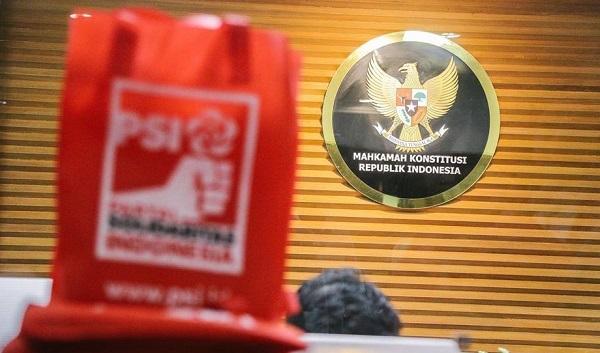 Pembatalan Pasal Kontroversial UU MD3 adalah Simbol Kemenangan Rakyat