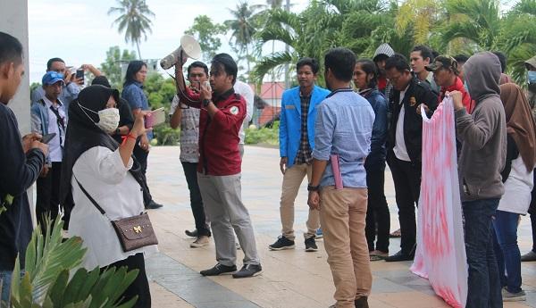 Bersama Gerakan Cinta Guru, Ikama Sulbar Gugat SK dan Gaji GTT/PTT yang Tidak Jelas