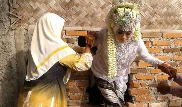 Dilarang Menikah di Bulan Suro; Bukan Syariat, tapi Adab Wong Jowo