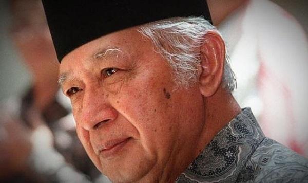 Soeharto adalah Simbol Korupsi, Kolusi, dan Nepotisme