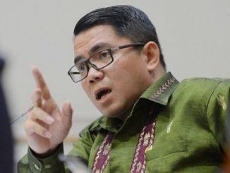 Kesombongan Arteria Dahlan (PDIP) Menghabisi KPK