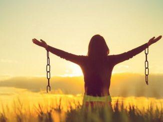 Membebaskan Kemesraan Manusia