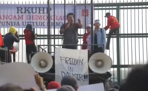 Orasi Saidiman Ahmad: RKUHP Sah, Indonesia Masuk ke Era Otoritarian