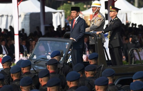 Jokowi Seru Perang Lawan Radikalisme, Warganet: Apa Gak Telat?