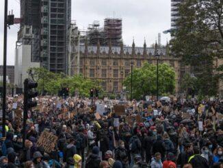 Demonstrasi; Ekspresi Kesetaraan Masyarakat dalam Bersuara