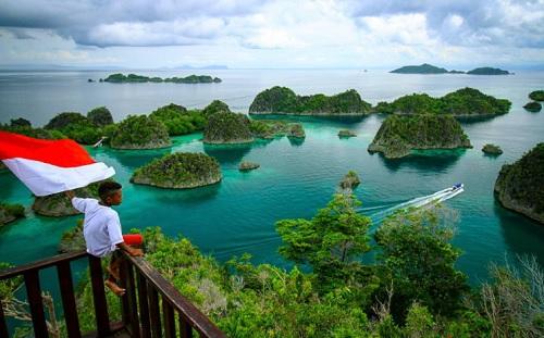 Dampak Positif UU Cipta Kerja pada Industri Pariwisata
