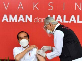 Vaksinasi, Etos Politik Jokowi, dan Peran Sosial Kita