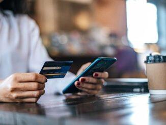 Bank Syariah versus Bank Digital