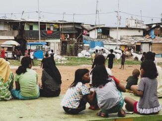 Telaah atas Kemiskinan Masyarakat Perkotaan