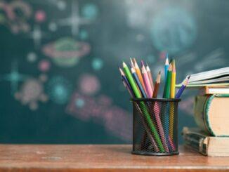 Pendidikan; Indah sebagai Fiksi, Pahit Jadi Kenyataan