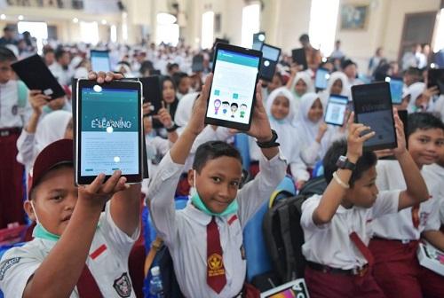 Digitalisasi Sekolah dan Tendensi Cacat Relasi Sosial